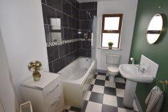 Bathroom 73 Rann Mor