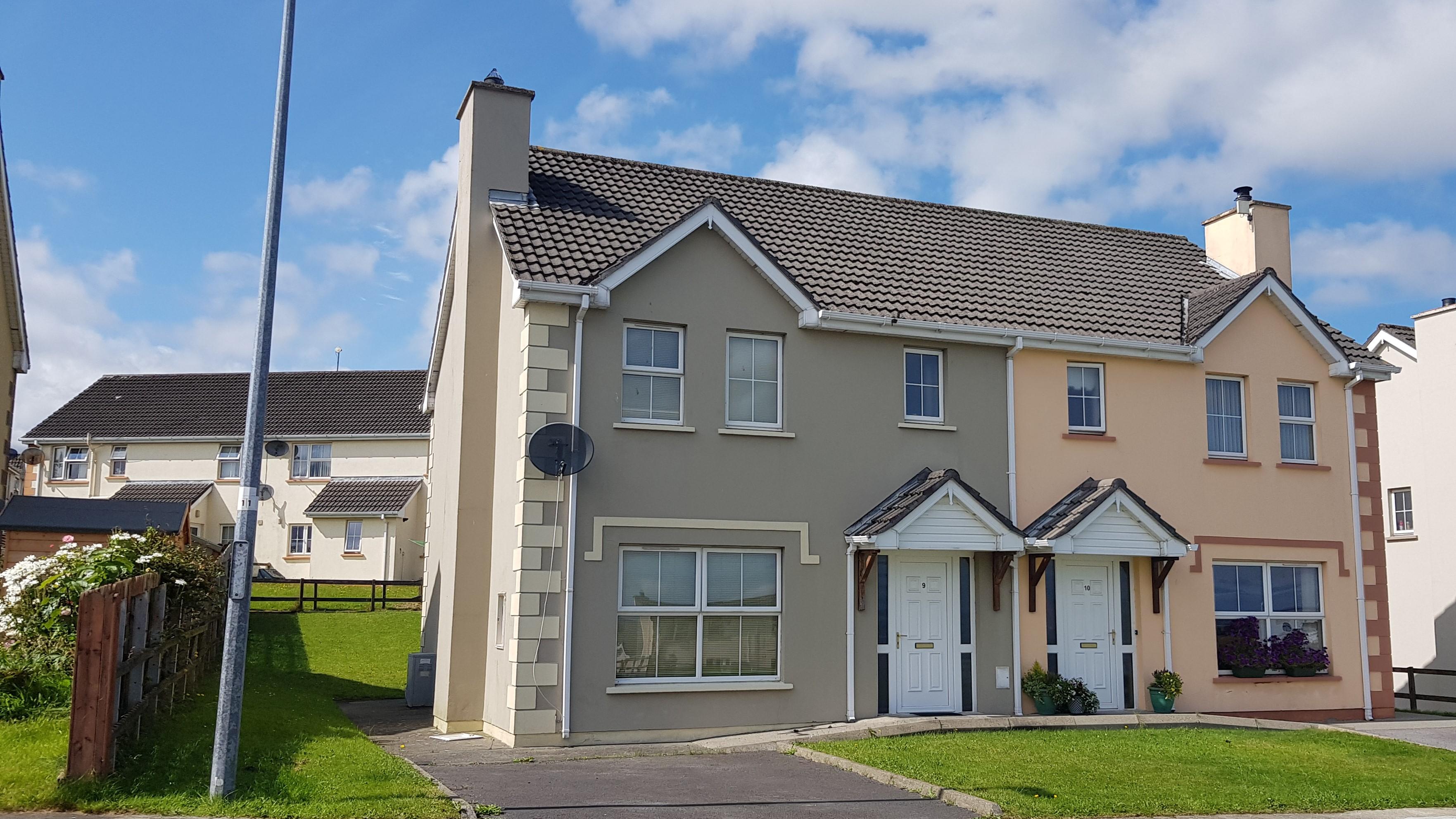 9 Gleann Tain Manor, Letterkenny, Co. Donegal, F92 CDK2