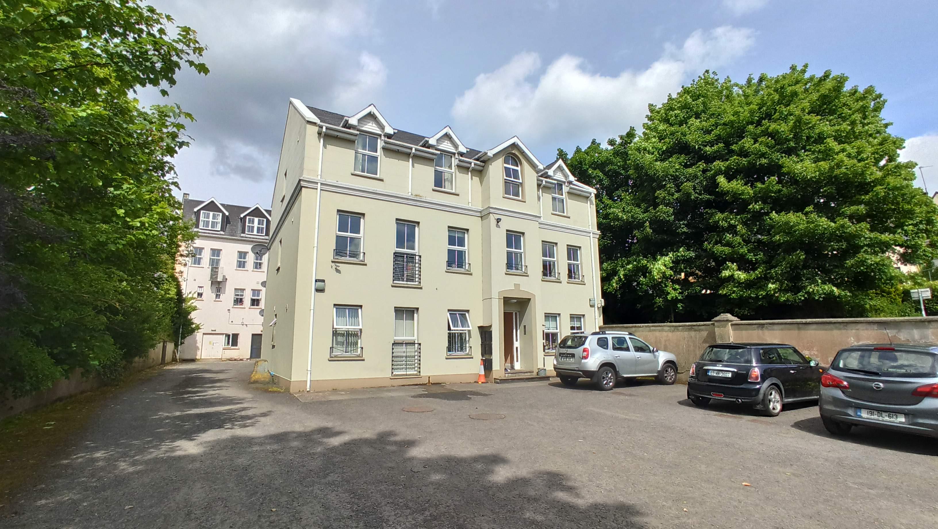 Apartment 8 Garden Court, 44/46 Lower Main Street, Letterkenny, Co. Donegal, F92 KF22